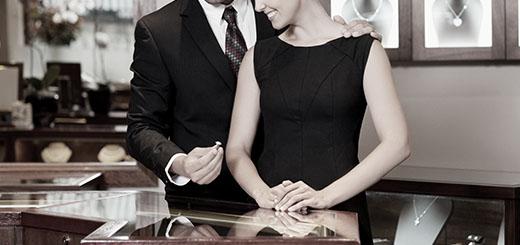 一直致力於提供安心和值得信賴的鑽石,世界NO.1的鑽石品牌。