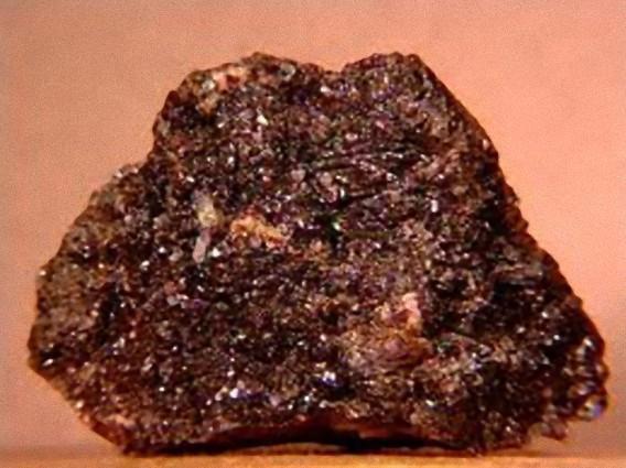 ロンズデーライトよりもさらに硬い「ウルツァイト窒化ホウ素」