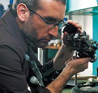 工匠多達36道程序的高超技術